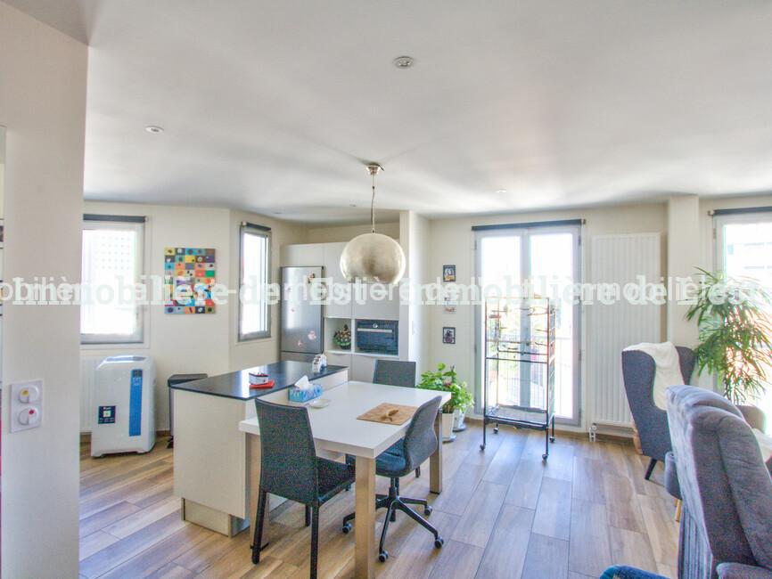 Vente Appartement 3 pièces 77m² Lyon 08 (69008) - photo